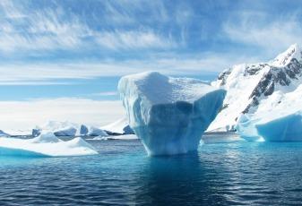 iceberg-404966_1280
